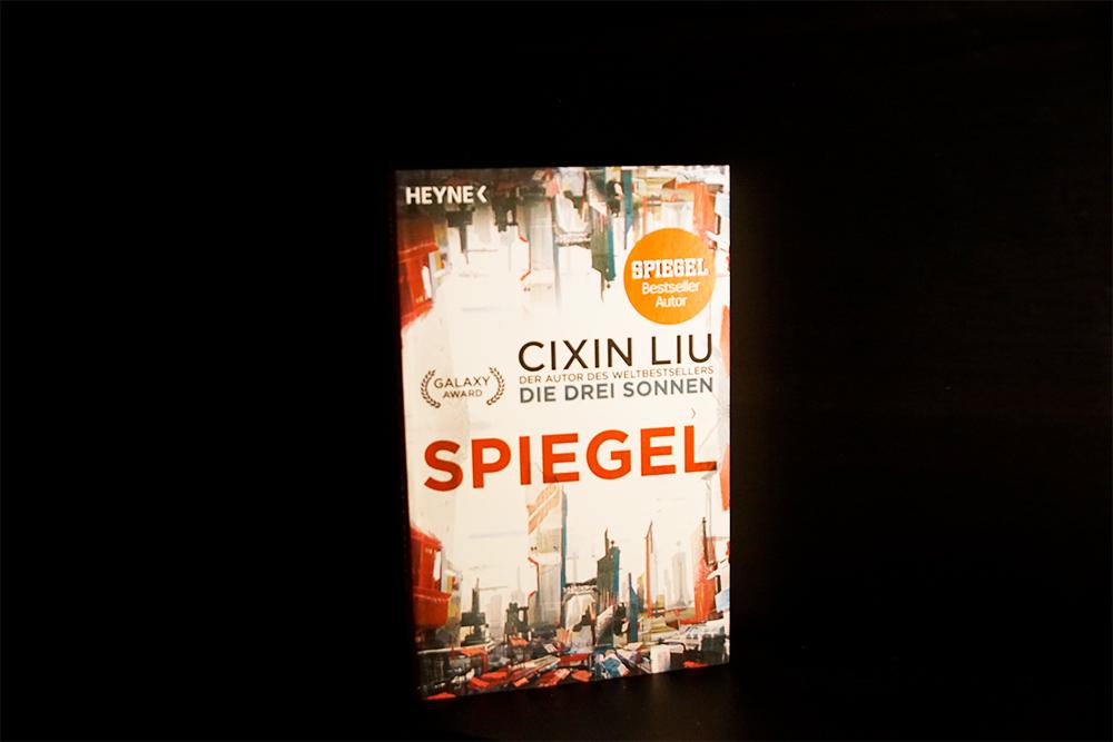 Spiegel von Cixin Liu, Foto: Kia Kahawa