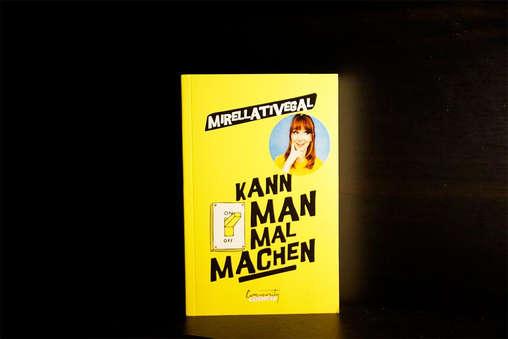 Buchcover von Kann man mal machen, Foto: Kia Kahawa